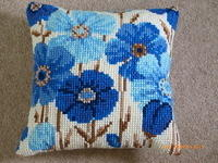Tapestry flower cushion cover